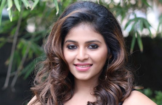 Anjali Biography