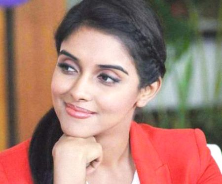Asin (Actress) Biography, Height, Weight, Age, Wiki, Husband, Family