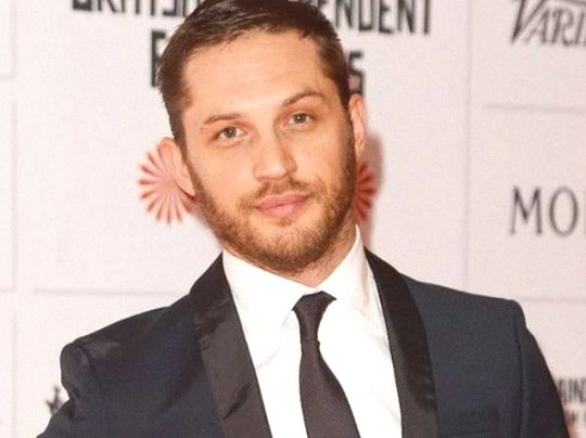 Tom Hardy Biography, Height, Weight, Measurements, Age ...